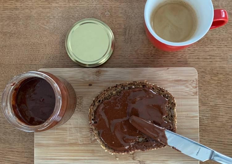 Façon la plus simple Préparer Appétissant Pâte à tartiner noisette-chocolat SANS SUCRE