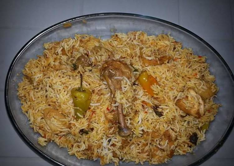 Going Green for Better Health By Eating Superfoods, Sindhi Biryani