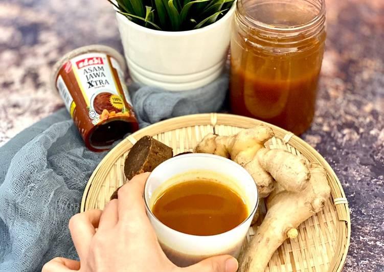Jamu Kunyit Asam - Turmeric Tamarind Tonic Drink