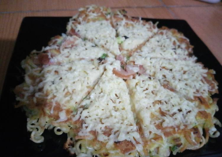 Omlet mie tabur keju