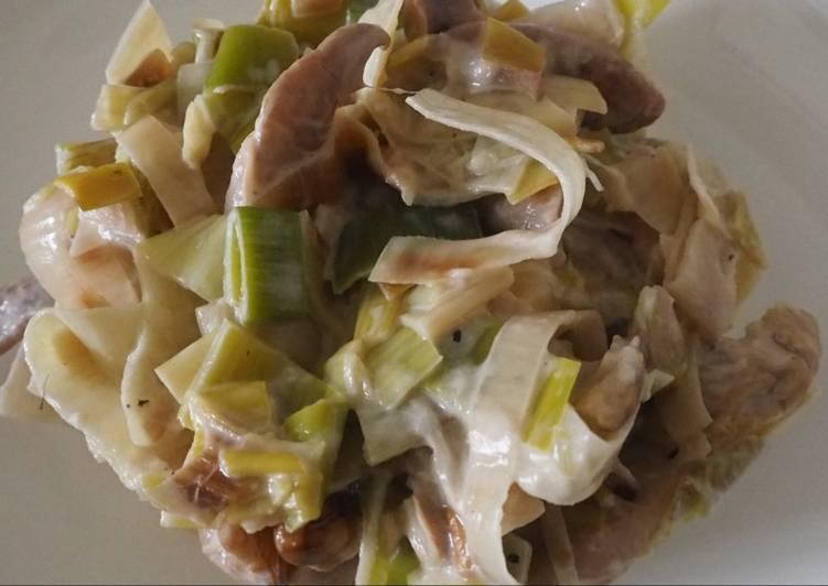Recette  Fondue de poireaux aux pleurotes et aux noix