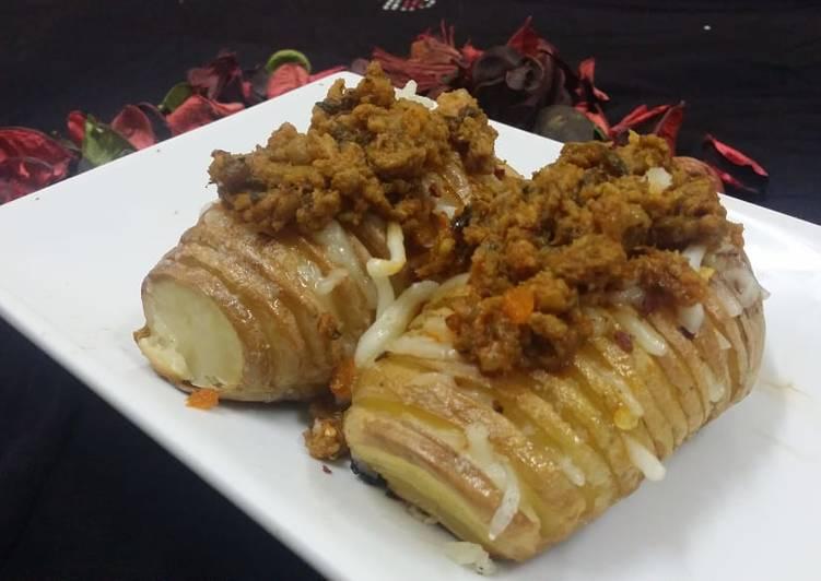 Homestyle Non-Veg Hasselback Potatoes