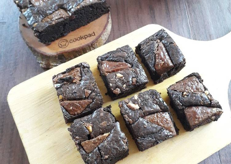 221. Cashew SilverQueen Brownie (Tips dan trik Shiny Brownie)