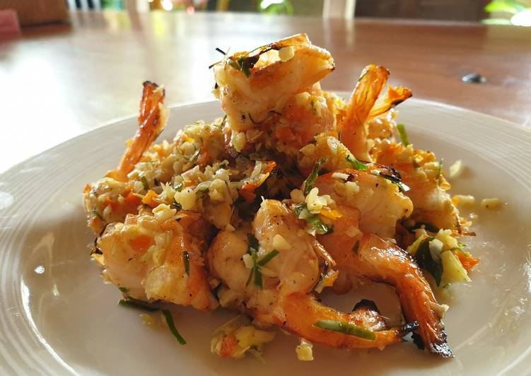 Recipe: Appetizing Grill Prawn with Garlic Butter spicy sauce