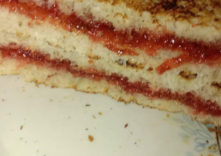 Simple Way to Prepare Favorite Bread jam Sandwich