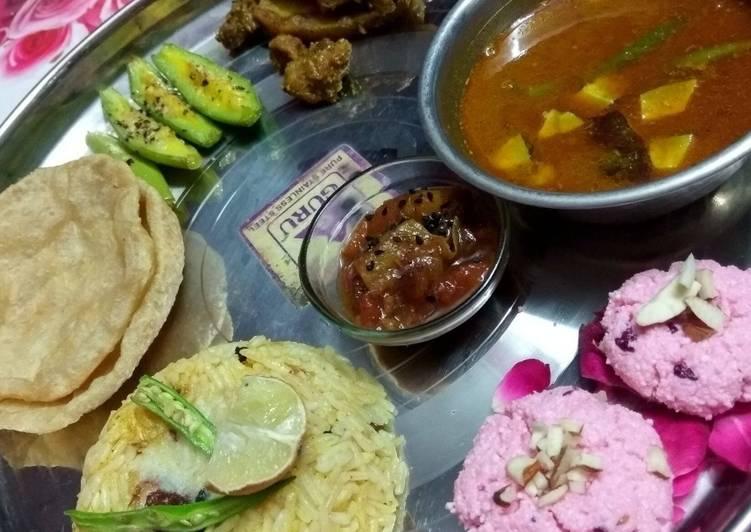 How to Make Tasty Bengali Thali