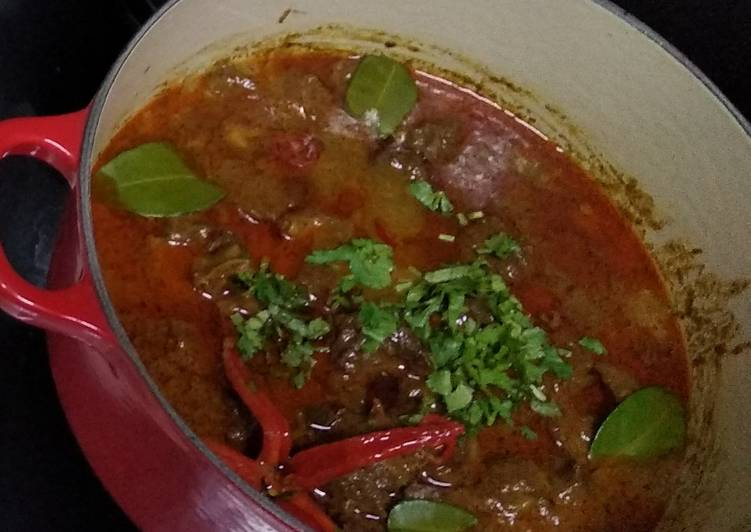 How to Make Appetizing Beef rendang
