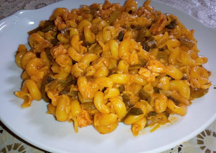 Recipe: Yummy Masala Mac and Cheese