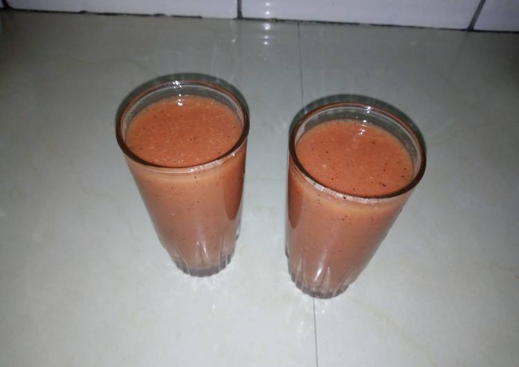 Fruit juice cocktail