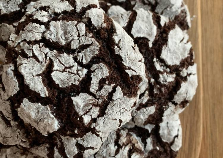 How to Make Yummy Chocolate crackle cookies