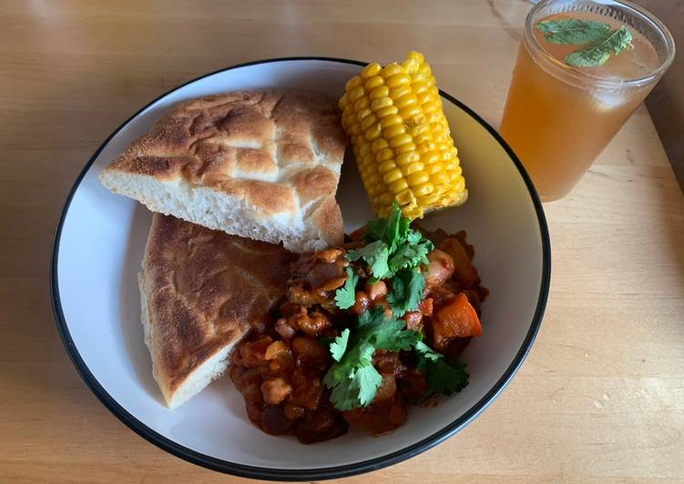 Easiest Way to Make Any-night-of-the-week Five bean chilli with corn on the cob and flatbread