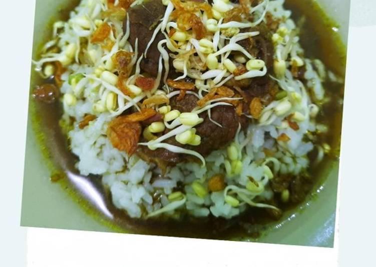 Nasi Rawon Daging Sapi