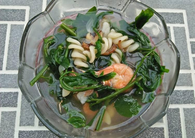 Resep Sayur daun katuk Yang Populer Pasti Endes
