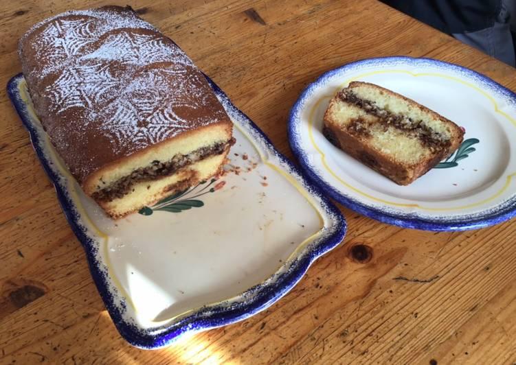 Cake cœur noisettes et caramel beurre salé