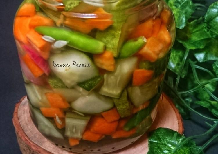 Acar timun wortel