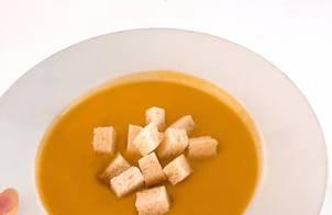 Soup bí đỏ (Pumpkim Soup)