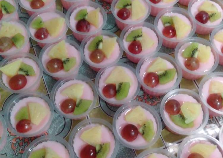 Puding jelly buah