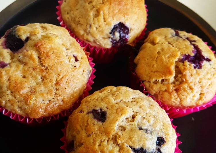 How to Prepare Most Popular Blueberry and banana muffins