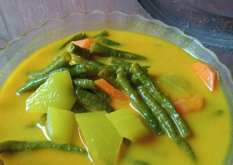 Gulai lemak kacang panjang,wortel,jipang