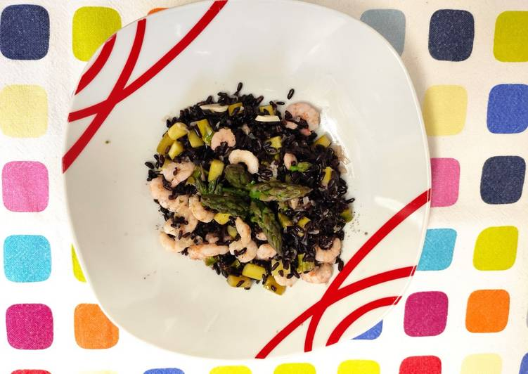 Ricetta Riso Venere asparagi e gamberetti