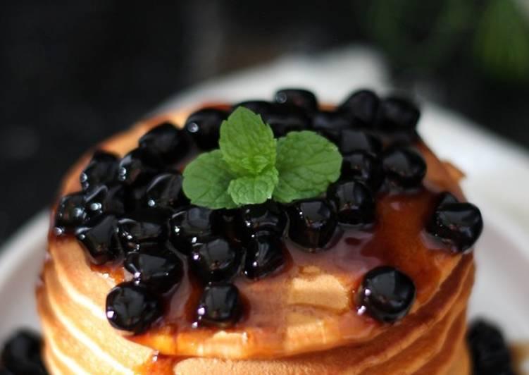 Fluffy Pancake Thai Tea