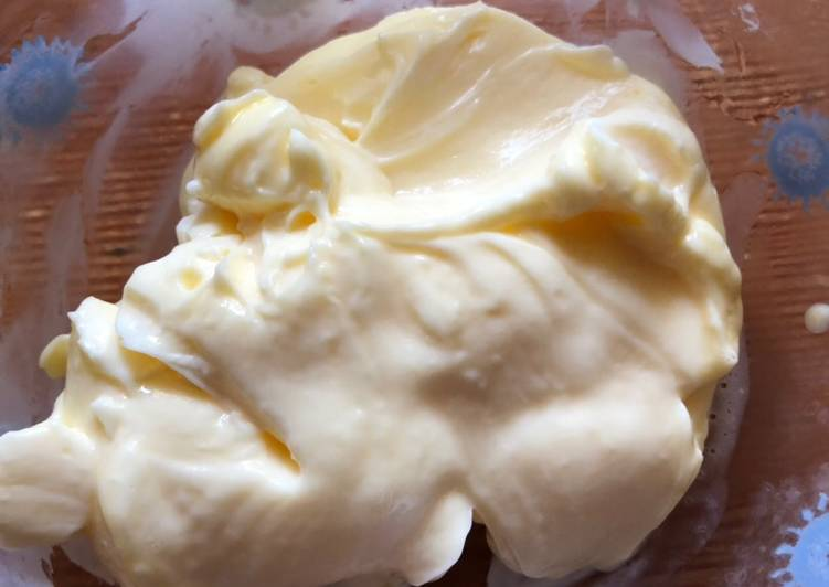 Best Homemade Mayonnaise