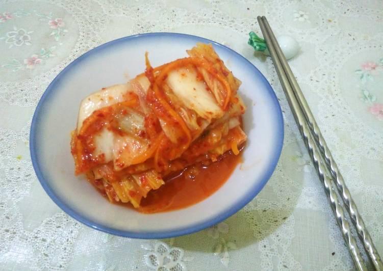 Kimchi (pogi kimchi) dengan tips
