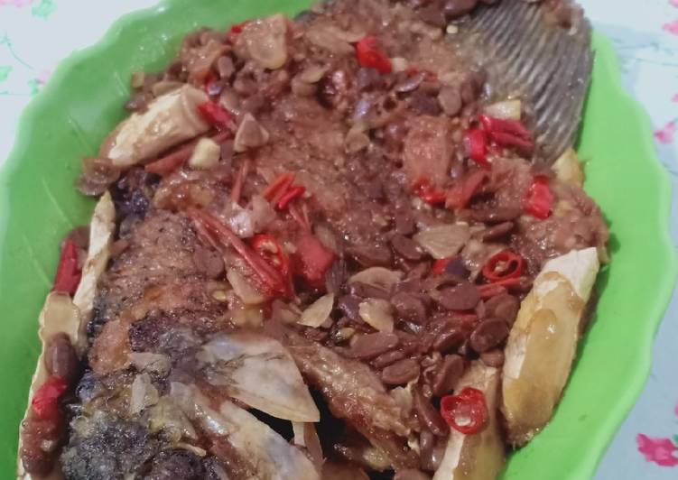 Cengcuan Ikan Gurame/Ikan Masak Tauco