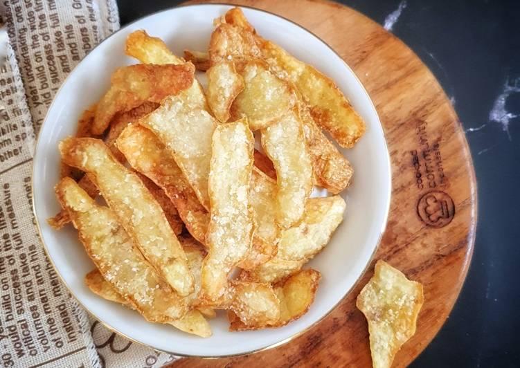 Kulit kentang dan wortel goreng tepung