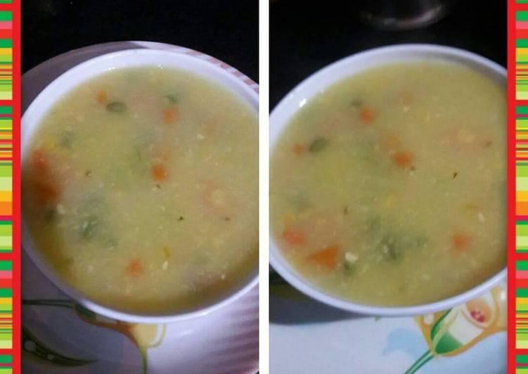 Vegetable sweet corn soup