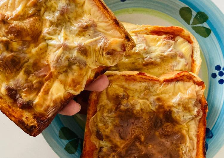 Resepi:  Mini Pizza Cincai 😜  Sempena PKP