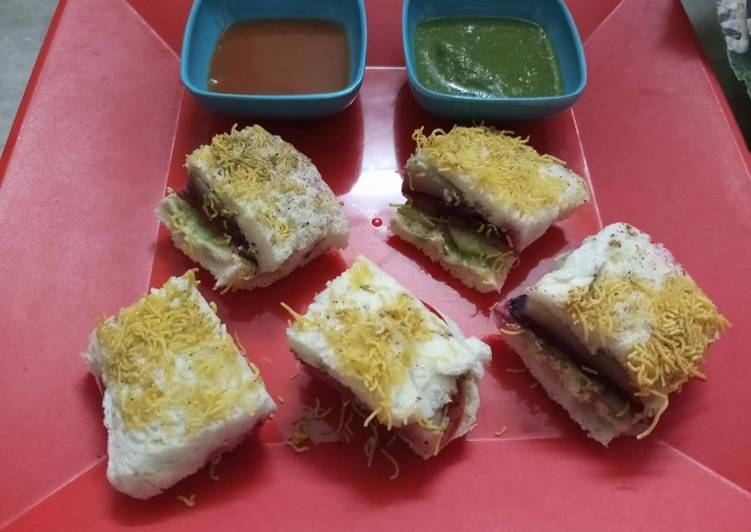 Quick and Easy Way to Prepare Delicious Veg jathpat sandwich