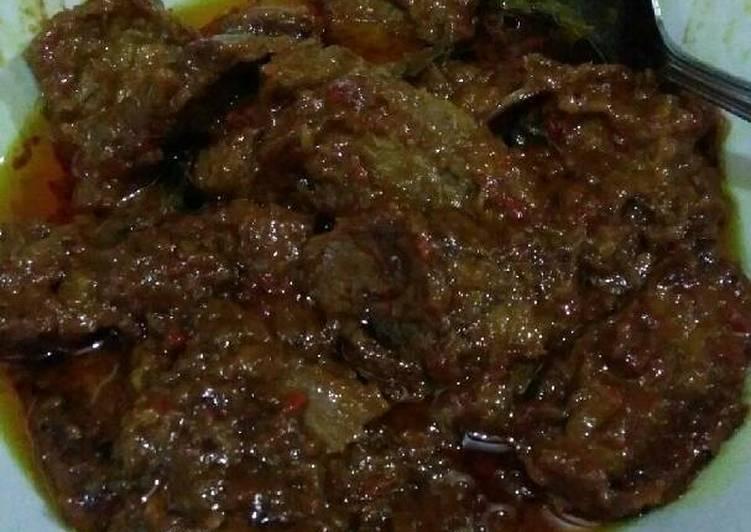 Rendang Daging Sapi Mudah Warna Merah 'Merendang'