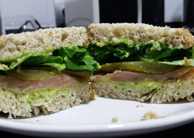 Recipe of Award-winning Avocado, smoked salmon and pickle sandwich