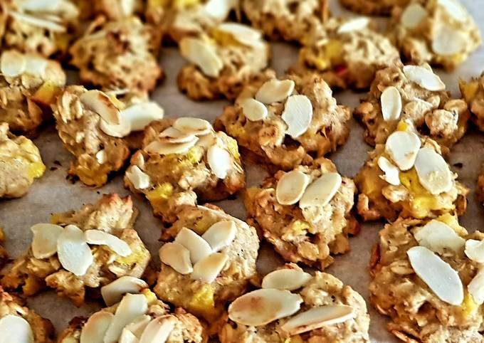 Recipe Best Oat flake cookies with peaches, greek honey and almonds