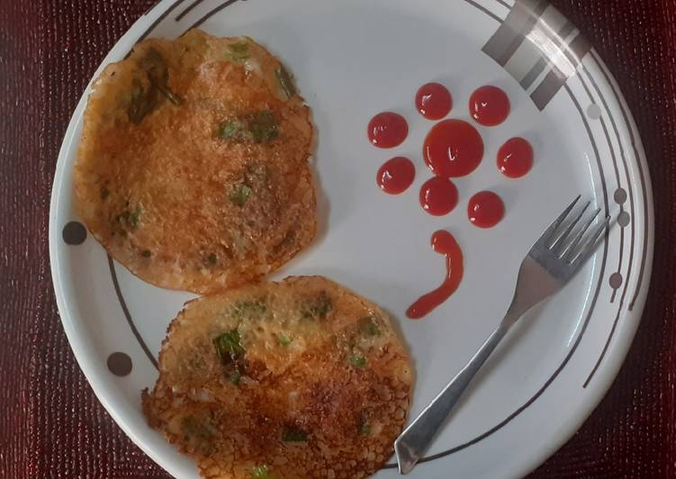 Step-by-Step Guide to Prepare Perfect Rawa spring onion chilla