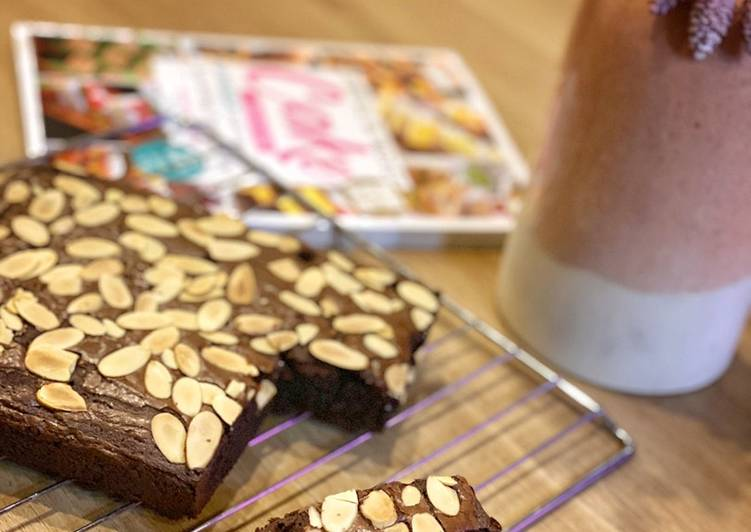 Fudgy chewy brownies