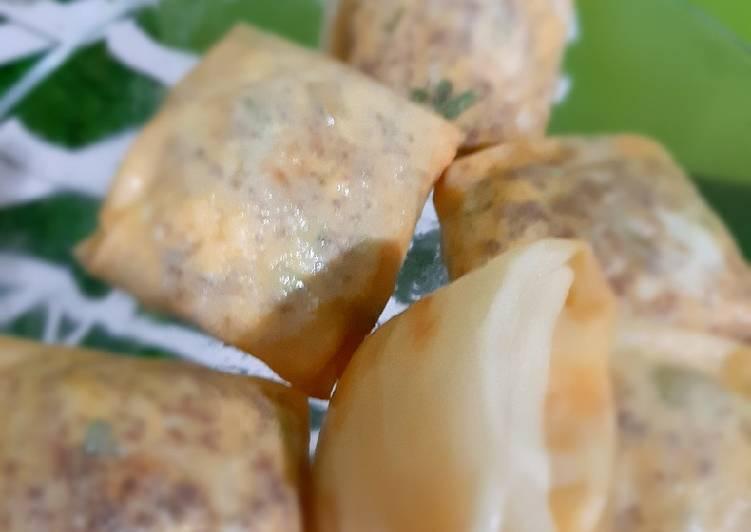 Martabak mini Telur Bebek Isi Daging Giling Keju