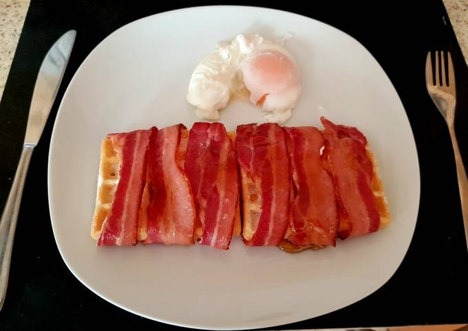 My Streaky Bacon wrapped Waffles with Maple Syrup. 😍