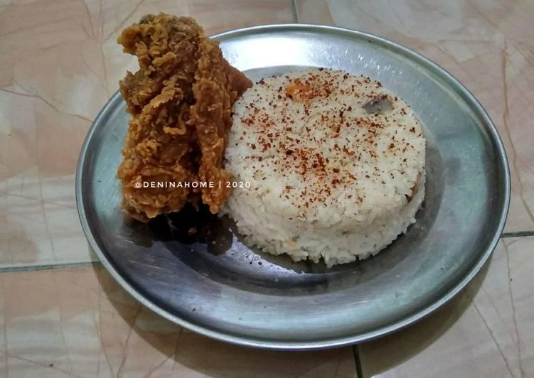 Cara Mudah Menyajikan Nasi Liwet Rice Cooker Super Gurih #antiribet Sempurna