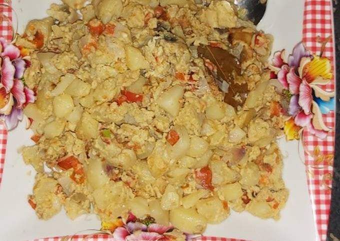 Steamed Potatoes and Eggs