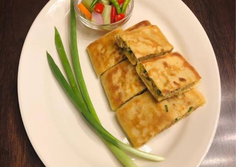 Easy Homemade Savory Folded Pancake with Ground Turkey and Eggs Filling (Martabak Telur)