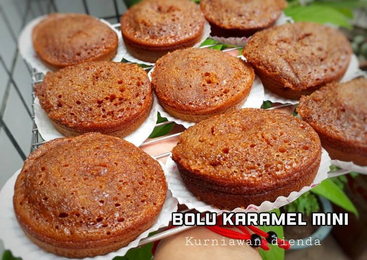 resep menyajikan Bolu karamel mini - Sajian Dapur Bunda