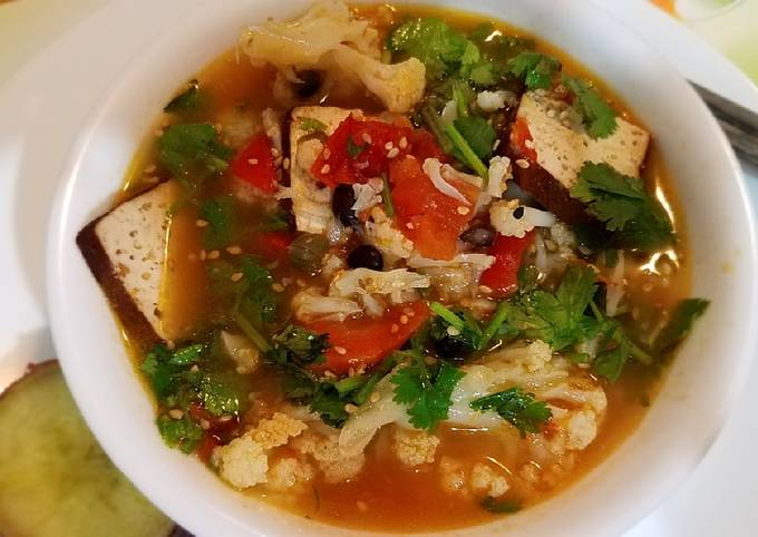 Cauliflower and braised tofu soup *Instant Pot Max* #mommasrecipes 花菜豆干汤