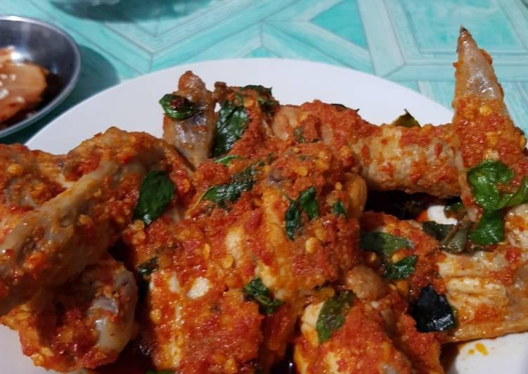 Bagaimana Menyiapkan Ayam Rica-rica Kemangi yang Bisa Manjain Lidah