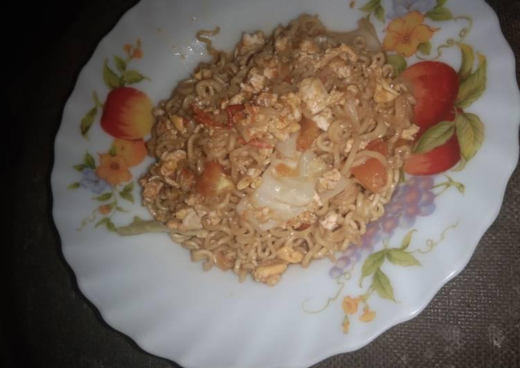 Resep Mie jowo versi indomie goreng simple Terbaik
