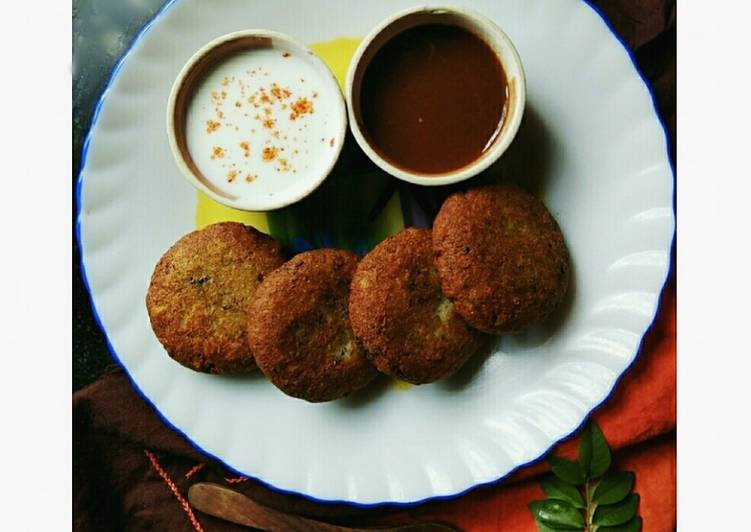 Recipe of Most Popular Aloo tikki stuffed with cottage cheese