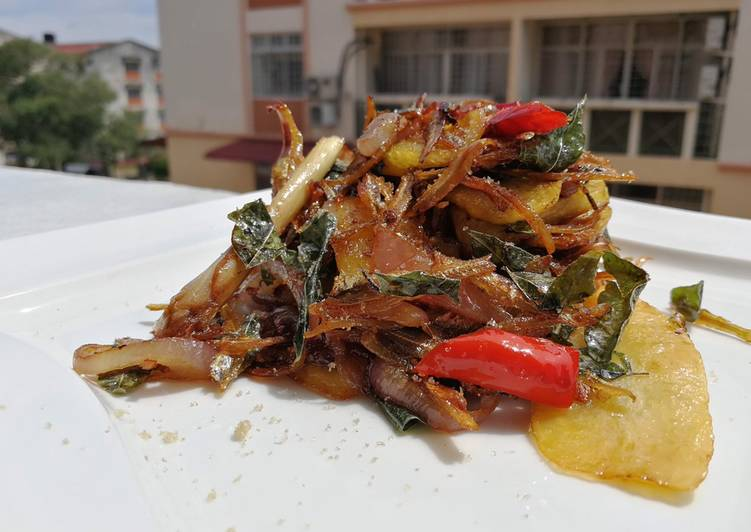Recipe: Appetizing Spicy Dried Anchovies And Potato In Soy Mustard Sauce