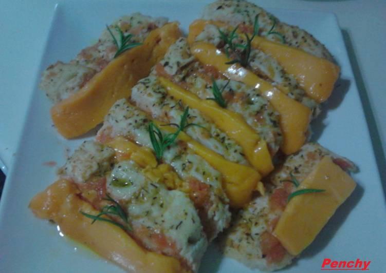 Focaccia con tomate y queso Cheddar al romero
