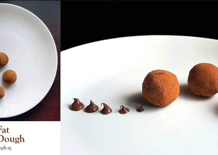 Steps to Make Homemade Amaretto Chocolate Truffles